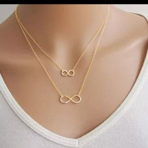 NWOT Double Infinity Necklace Gold Colored